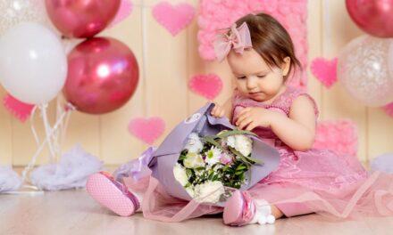 Ranking prezentów na roczek dziecka 2021