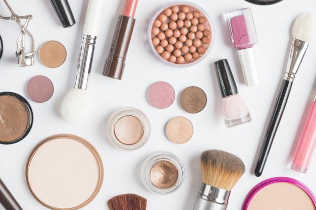 Kosmetyki – przydatny i praktyczny upominek
