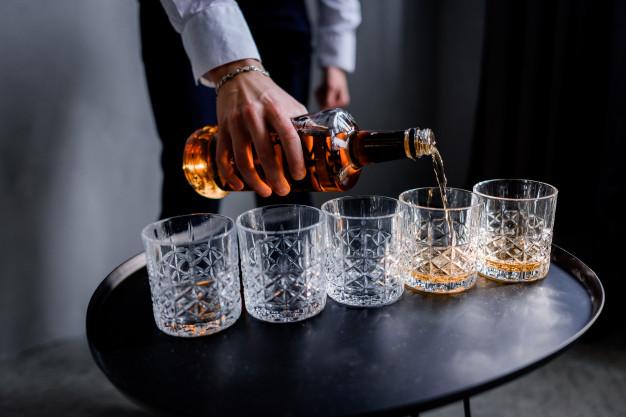 Zestaw do whisky – super prezent dla miłośnika trunków