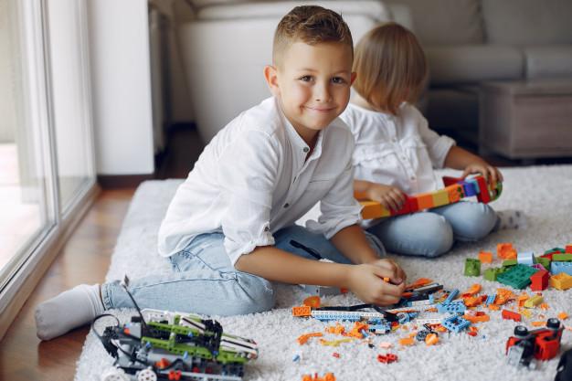 Klocki Lego – świetna zabawa dla małego chłopca
