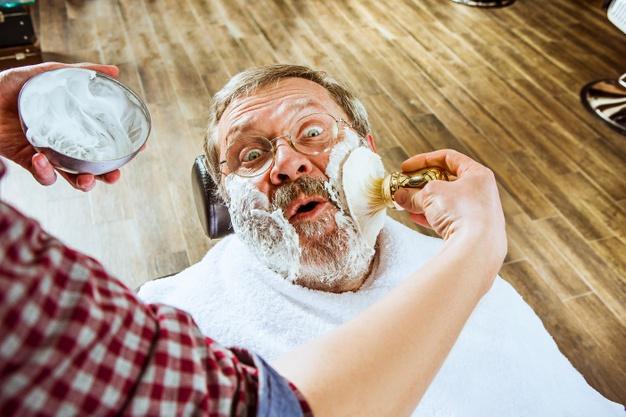 Kosmetyki do pielęgnacji wąsów i brody – idealna rzecz dla dziadka posiadającego zarost