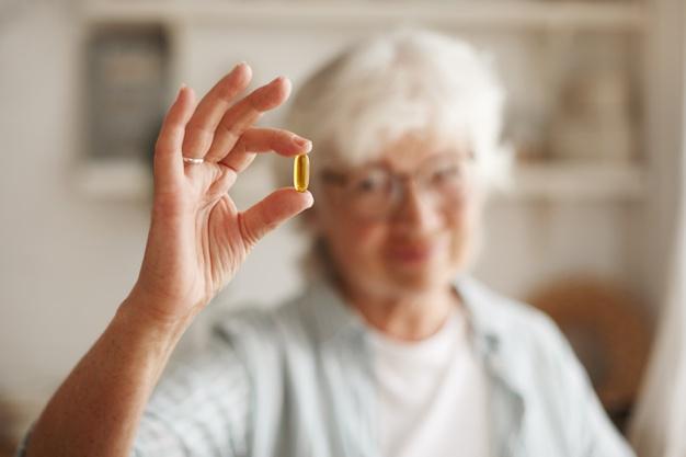 Suplement diety – praktyczna rzecz dla seniorki