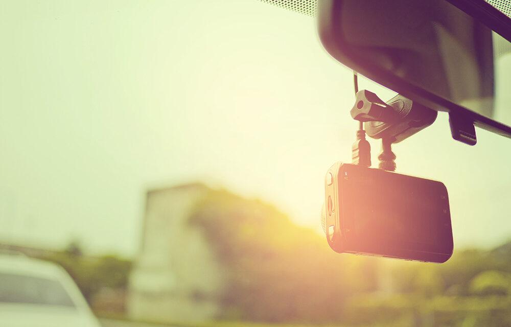 Czy warto kupić wideorejestrator do samochodu?